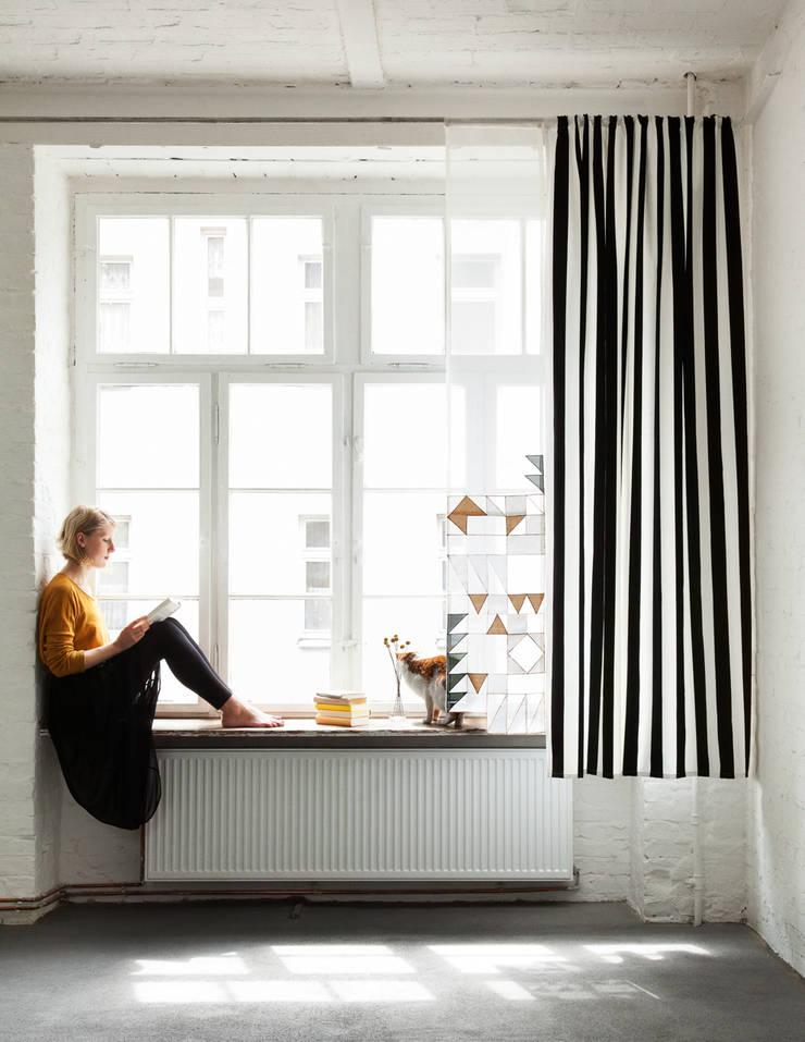 modern  by unikatessen Berlin, Modern