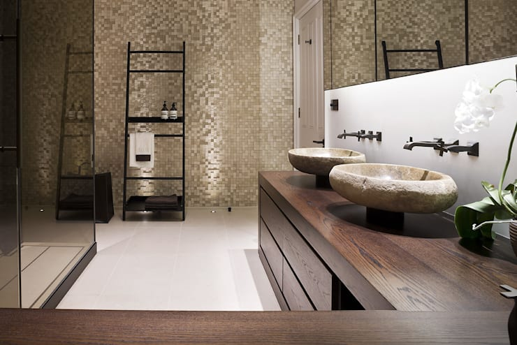 Bathroom by Alessandro Isola Ltd