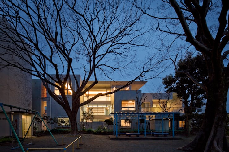 T-house: 秋山建築研究所が手掛けた家です。,モダン