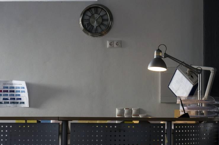 Лофт на территории Бадаевского завода:  в . Автор – Мастерская Интерьеров Варвары Зеленецкой