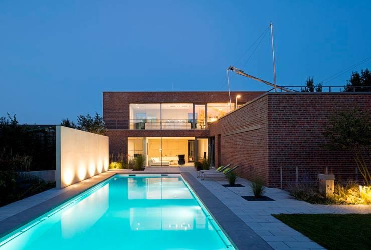Case in stile in stile Minimalista di bdmp Architekten & Stadtplaner BDA GmbH & Co. KG