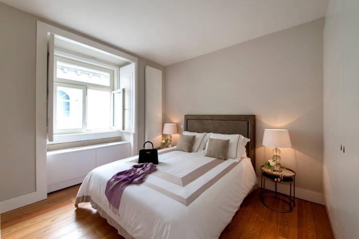 Dormitorios de estilo clásico por Home Staging Factory