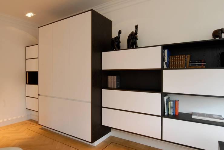Kasten Moderne woonkamers van Designed By David Modern