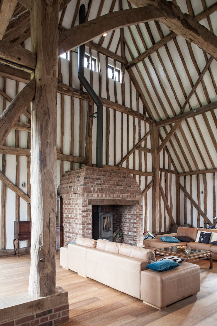 Photography—barn conversion in Sawbridgeworth:  Living room by Adelina Iliev Photography