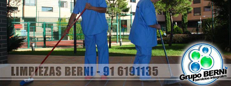 Limpiezas Berni - Servicios integrales: Pasillos y vestíbulos de estilo  de Limpiezas Berni