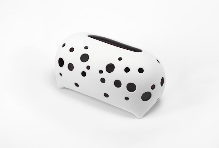 SoundPillow _ Black: BUYRUS DESIGN의  가정 용품
