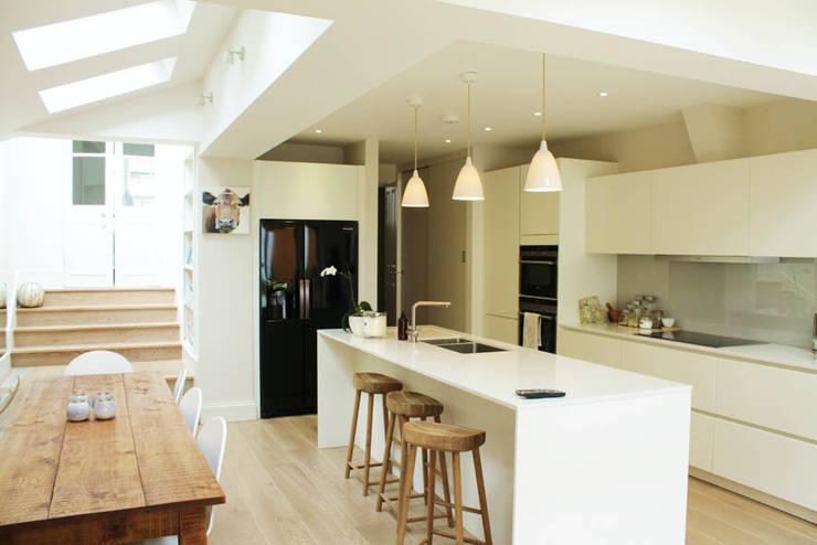 Galveston Road - SW15:  Kitchen by BTL Property LTD