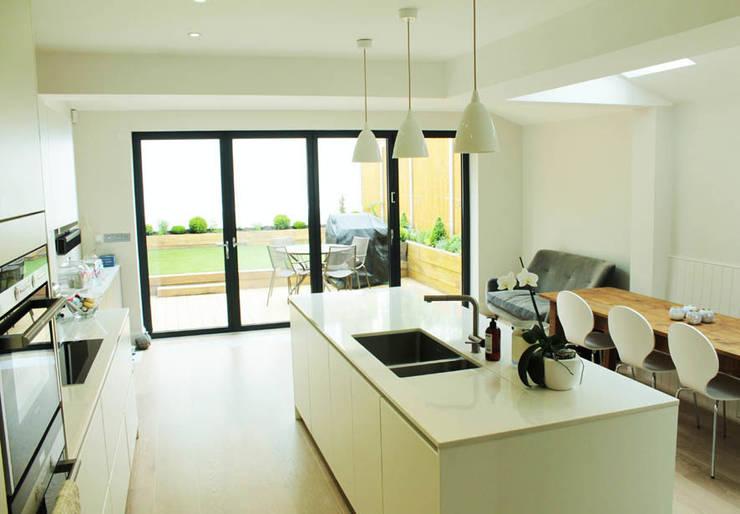 Galveston Road—SW15:  Kitchen by BTL Property LTD