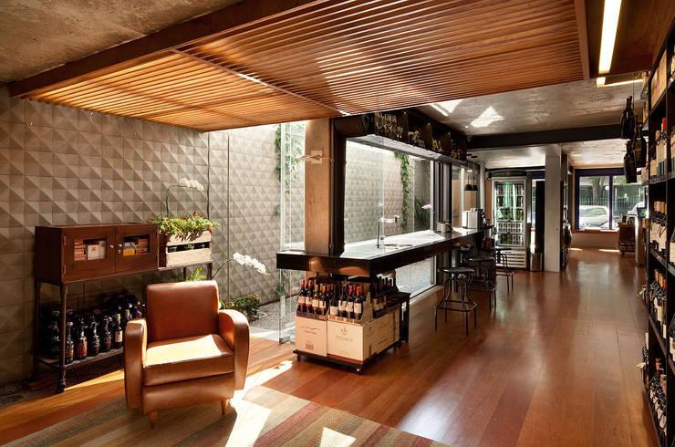 O Armazém do Barão Lojas & Imóveis comerciais modernos por ODVO Arquitetura e Urbanismo Moderno