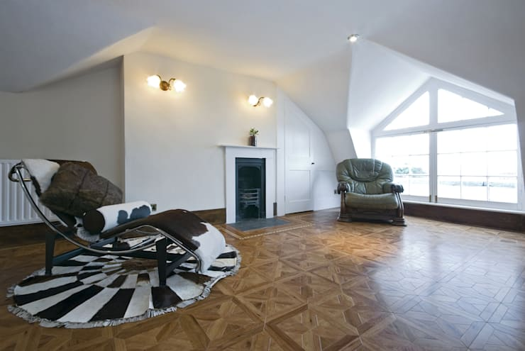 Portfolio:  Living room by TFS Flooring