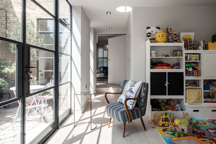 Photography for Red Squirrel Architects - House extension, South London: modern Conservatory by Adelina Iliev Photography