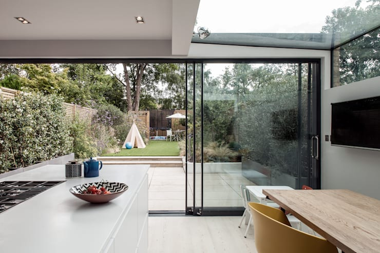 Photography for Red Squirrel Architects—House extension, South London:  Kitchen by Adelina Iliev Photography