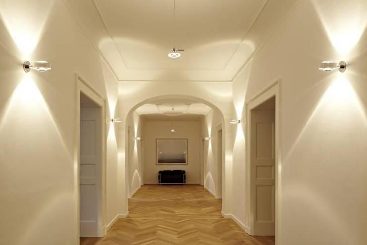 Sento parete: Maison de style  par Astéri