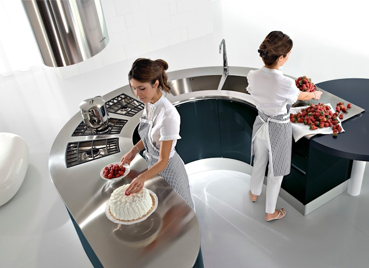 Artika: modern Kitchen by Pedini Surrey Limited