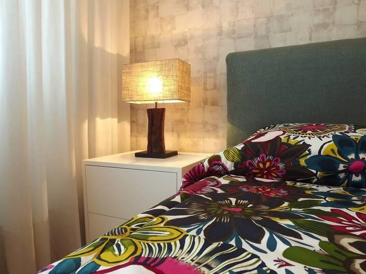 Suite: Quartos  por Traço Magenta - Design de Interiores