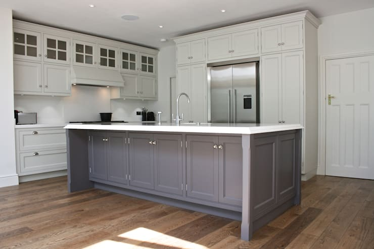 Traditional Kitchen London : classic Kitchen by Place Design Kitchens and Interiors