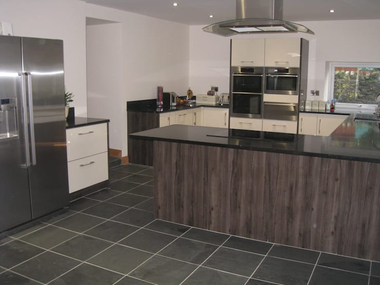 Southview || Brazilian Black Slate:  Kitchen by Floors of Stone Ltd