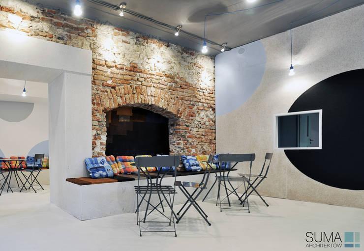 ICE ONE: styl , w kategorii Gastronomia zaprojektowany przez SUMA Architektów,Industrialny