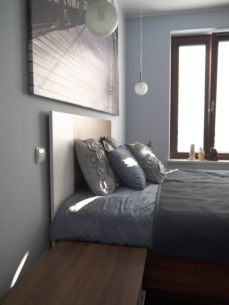 Sypialnia w chłodnych barwach: styl , w kategorii Sypialnia zaprojektowany przez Izabela Widomska Interiors