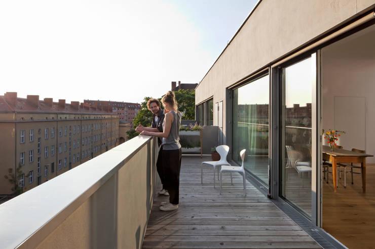 Dachterrasse:  Terrasse von BCO Architekten