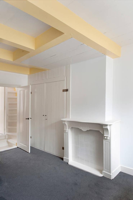 huiskamer Klassieke woonkamers van Architectenbureau Vroom Klassiek