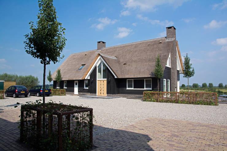 Landelijk wonen in Soest 002 Landelijke huizen van Building Design Architectuur Landelijk
