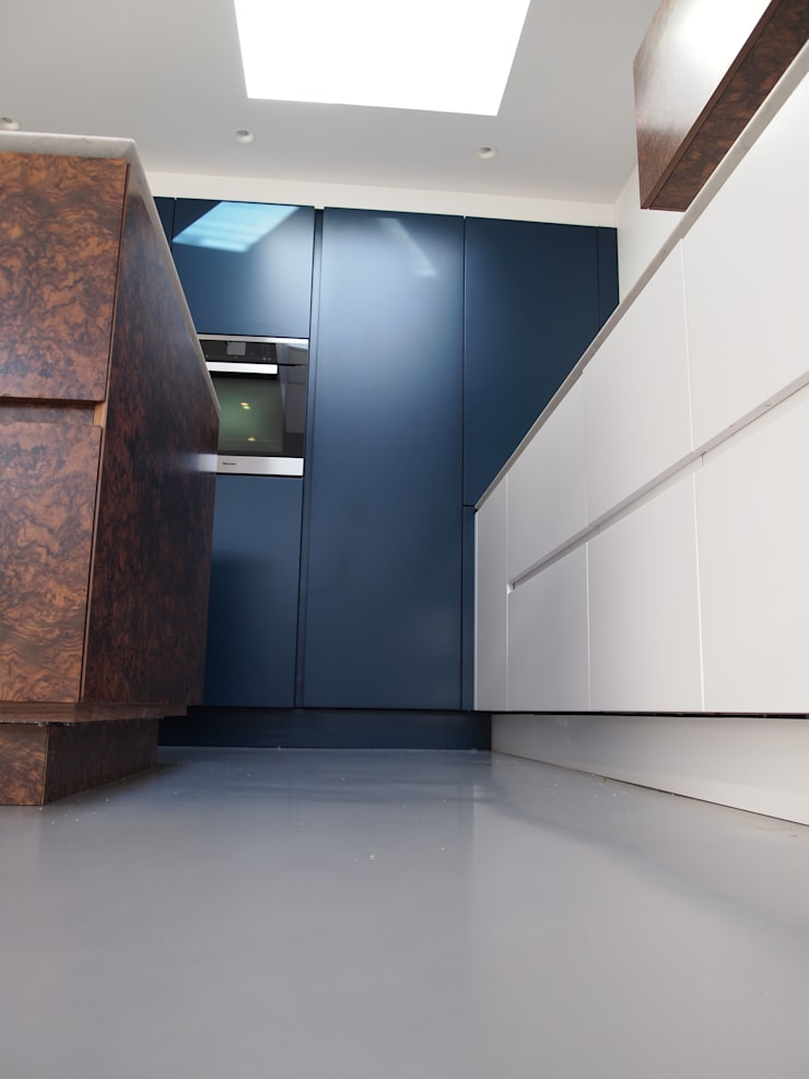 Contemporary in Balham :  Kitchen by Place Design Kitchens and Interiors