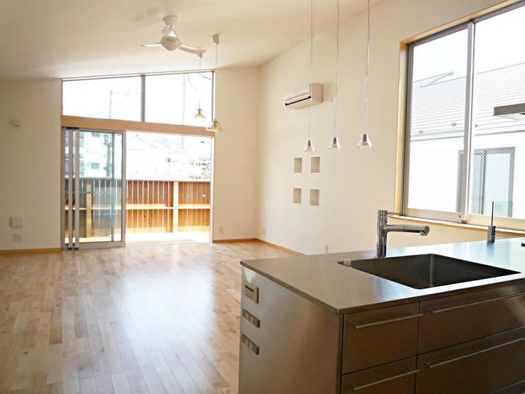 開放的なリビングのある家: スタジオ4設計が手掛けたダイニングです。