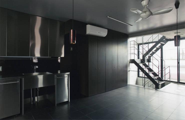 Dining room by スタジオ4設計