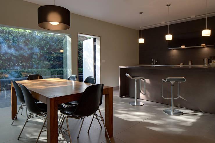 Kitchen:  Kitchen by Ed Reeve
