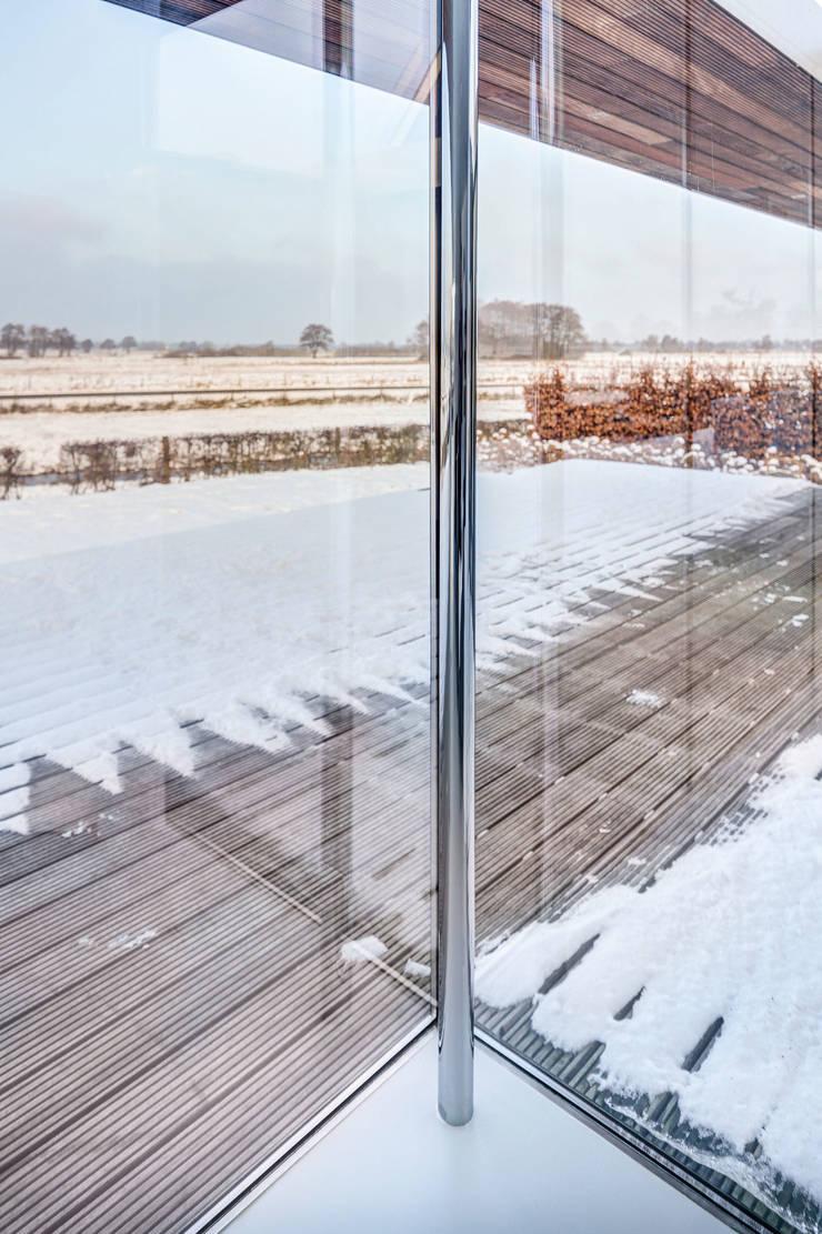Villa SR:  Ramen door reitsema & partners architecten bna