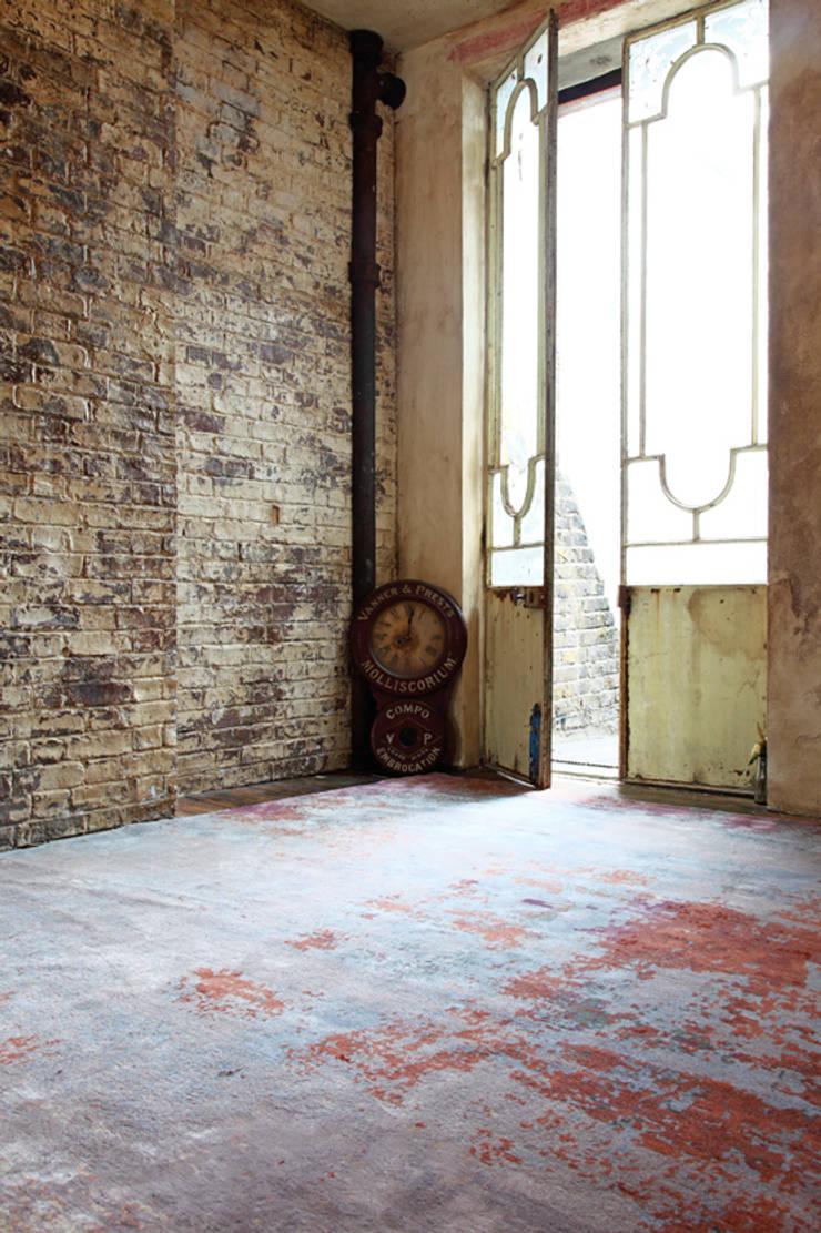 Elements_Blue Rain:  Walls & flooring by Knots Rugs