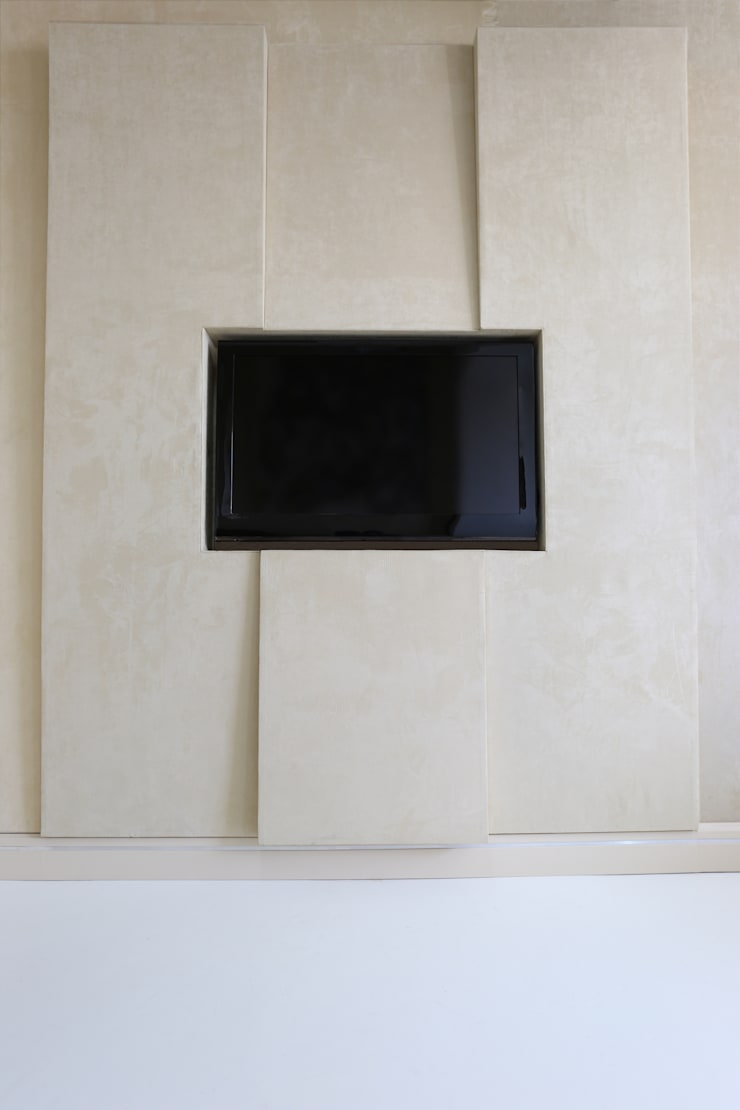 Structured panels for TV panels:  Media room by Mille Couleurs London
