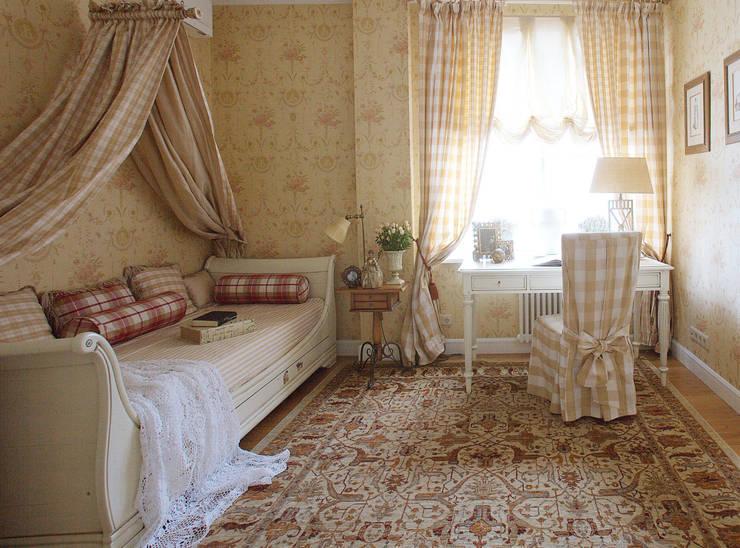 Английский шарм: Детские комнаты в . Автор – VVDesign, Классический