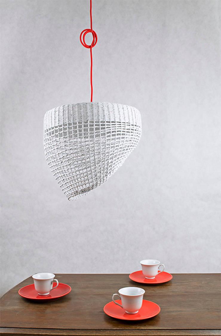 Lampa Oslo: styl , w kategorii Salon zaprojektowany przez Barbórka Design