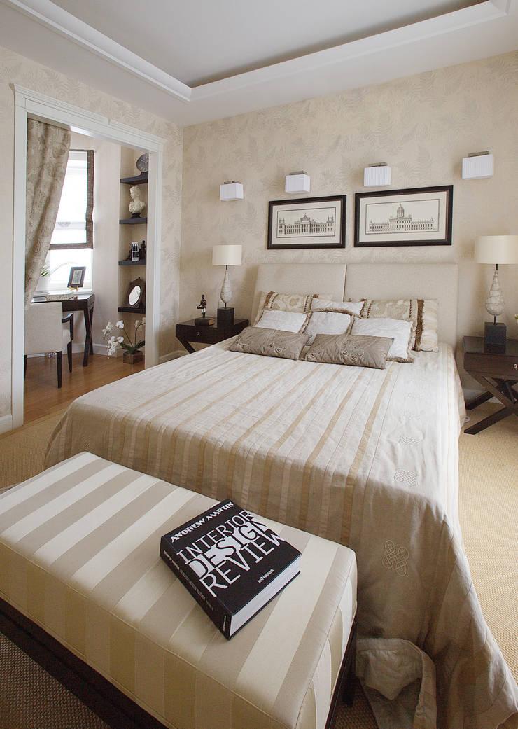 Английский шарм: Спальни в . Автор – VVDesign, Классический