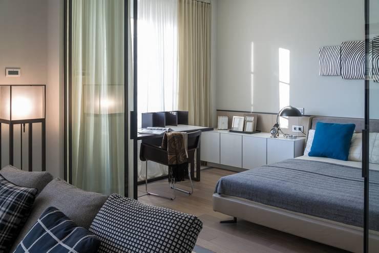 Квартира 89 м2, в жилом комплексе <q>Английский квартал</q>: Спальни в . Автор – Дизайн-бюро Галины Микулик