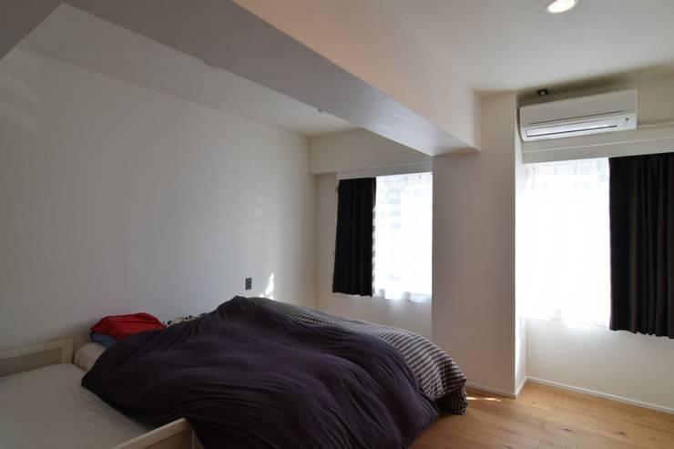 富ヶ谷の家(仮称) すくすくリノベーション vol.5: 株式会社エキップが手掛けた寝室です。