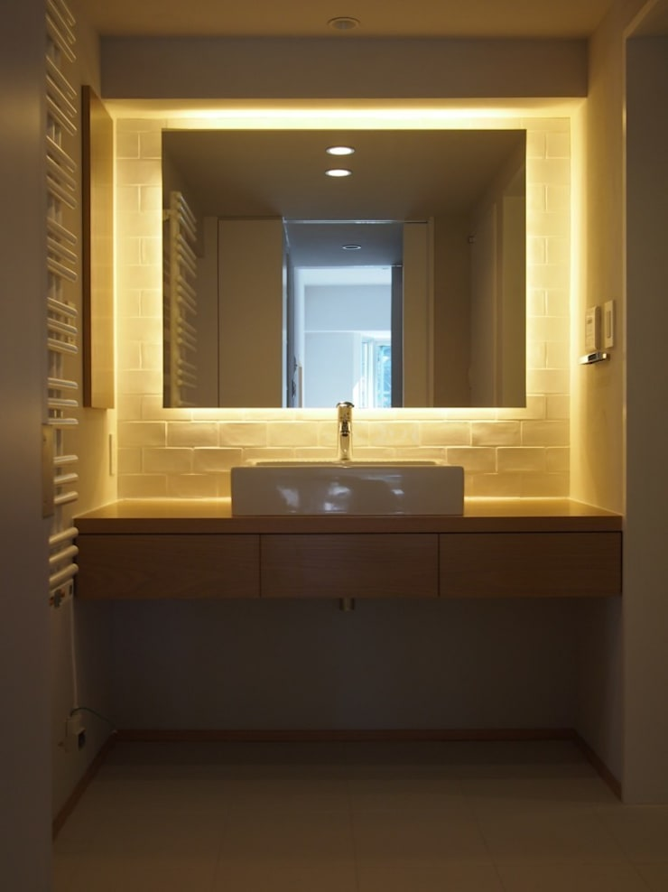 ステージのある家 すくすくリノベーション vol.4: 株式会社エキップが手掛けた浴室です。,オリジナル