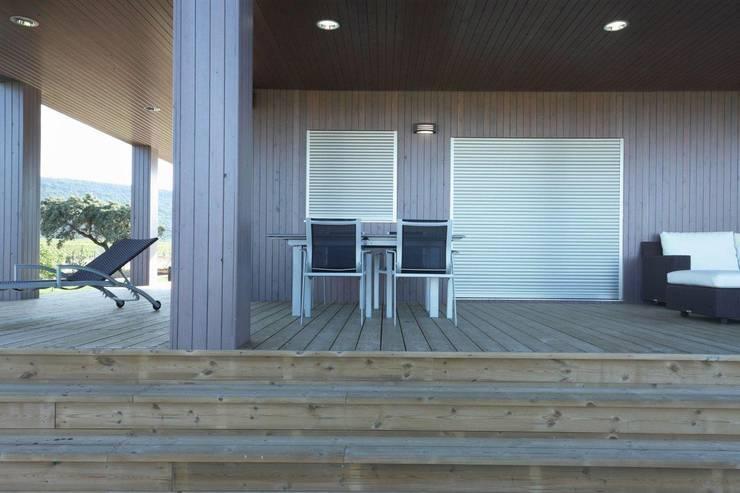 Exterior casa de Madera Natura Blu 195: Casas de estilo  de Casas Natura