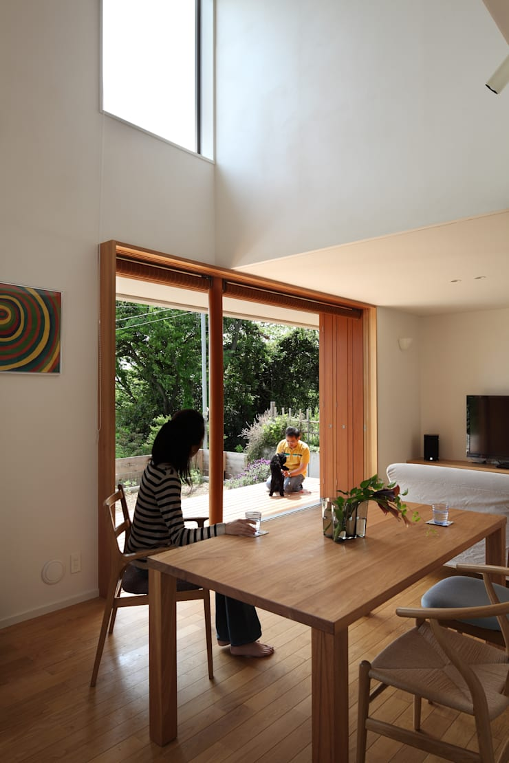 大磯の家: 長浜信幸建築設計事務所が手掛けたダイニングです。