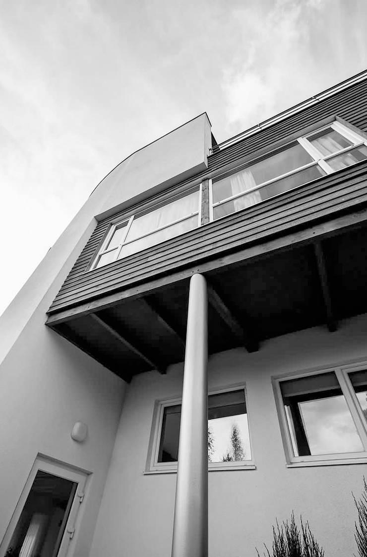 ЖИЛОЙ    ДОМ    В    СТРЕЛЬЦОВО: Дома в . Автор – Archibrook