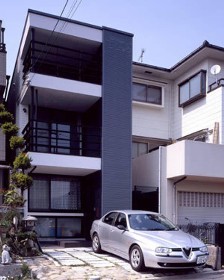 緑井の家: 有限会社アルキプラス建築事務所が手掛けた家です。