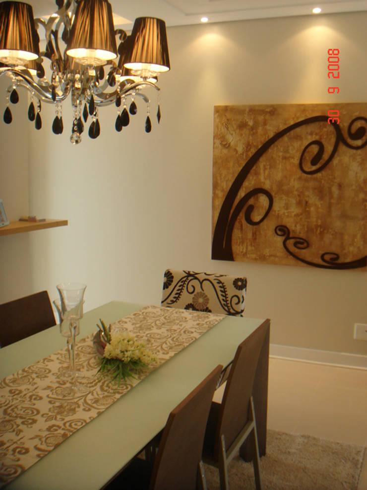 Projeto arquitetonico do apartamento decorado do Green Village Residence: Salas de jantar  por ArchDesign STUDIO