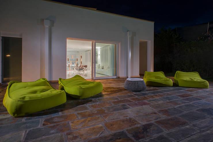 Interior Andrea Tommasi - : Giardino in stile in stile Mediterraneo di Andrea Tommasi