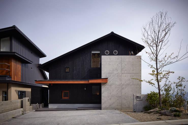 外観: 1級建築士事務所 アトリエ フーガが手掛けた家です。