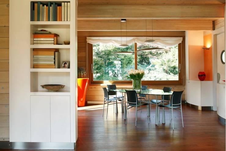 Projekty,  Jadalnia zaprojektowane przez alberico & giachetti architetti associati