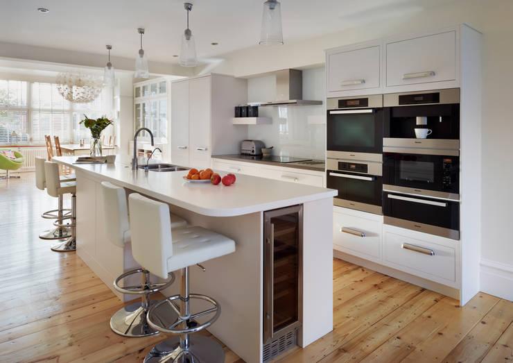 Кухни в . Автор – Harvey Jones Kitchens