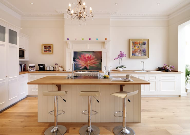 Original kitchen by Harvey Jones :  Kitchen by Harvey Jones Kitchens