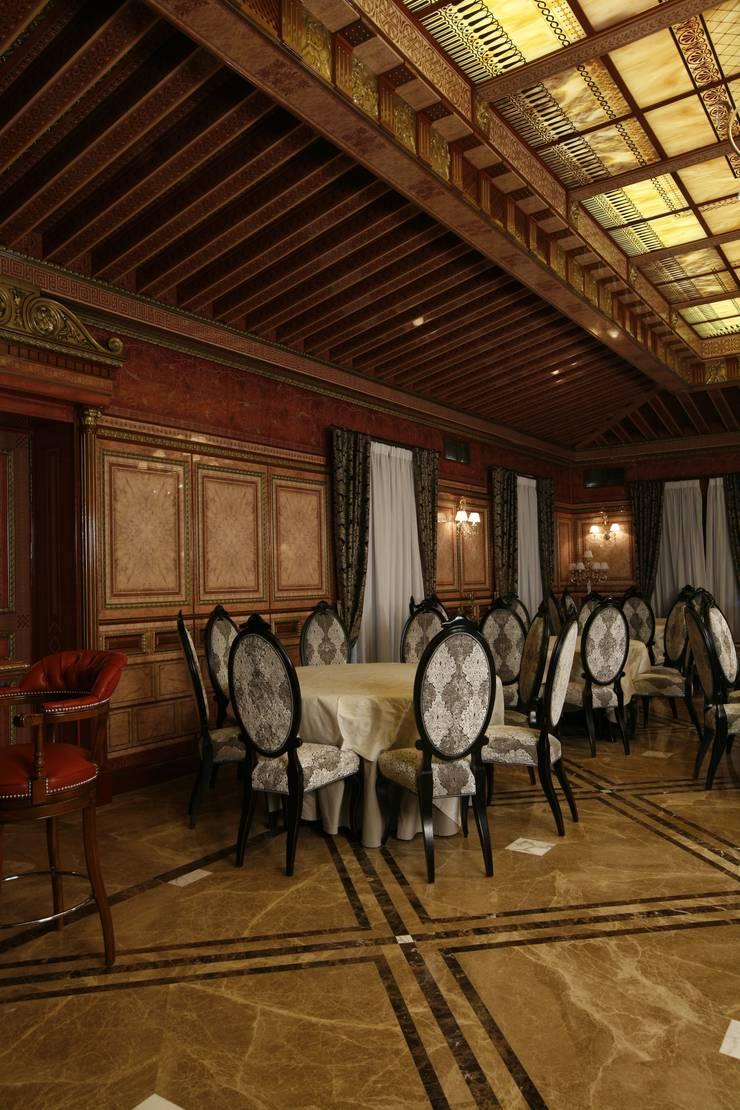 Банкетный зал : Столовые комнаты в . Автор – Дизайн интерьера Проценко Андрея